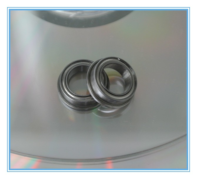 Flanged Miniature Bearing