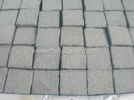 G654 Granite Bush-hammered Cobblestone