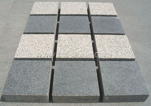 G654 Granite Flamed Cobblestone
