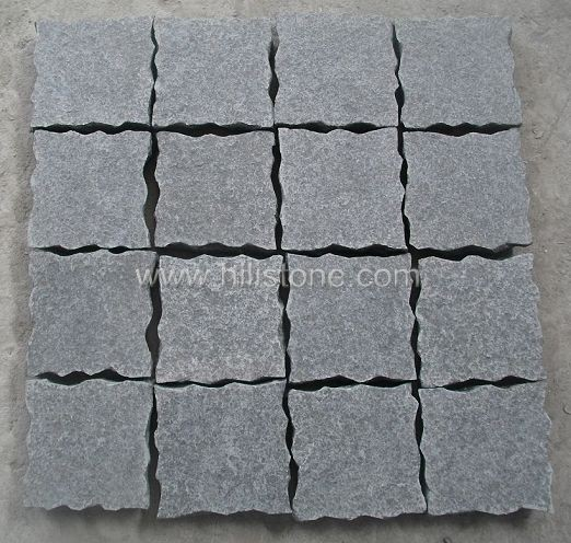 G684 Black Wave Edges Cobblestone