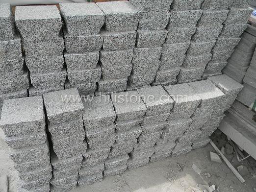 G801 Granite Flamed Cobblestone