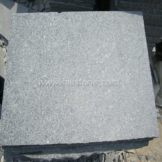 Green Porphyry Flamed Paving Stone - Natural edges