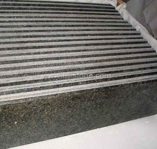 China Green Granite Polished Tiles