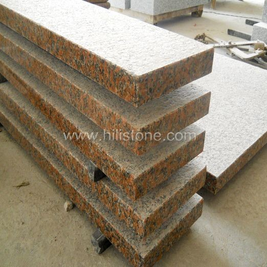 G562 Maple Red Granite Flamed Step