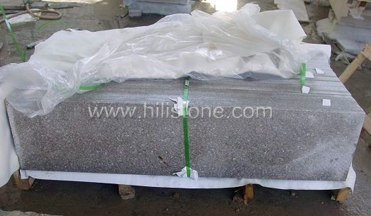 G617 Granite Flamed Step