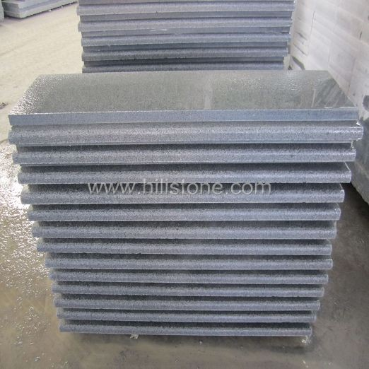 G654 Granite Flamed Step