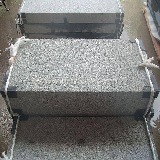 G654 Granite Bush-hammered Stone Block Step