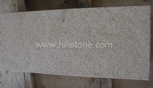 G682 Yellow Granite Bush-hammered Stone Block Step