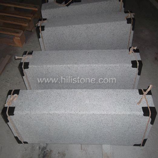 G603 Silver Grey Granite Fine Picked Stone Kerbs