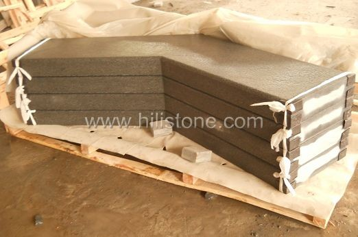 G654 Blue Black Flamed Corner Stone Kerbs