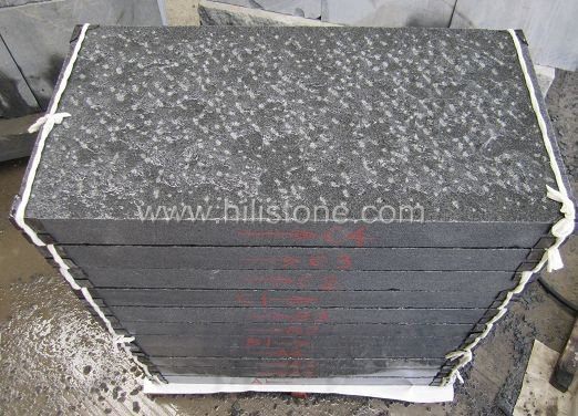 G654 Blue Black Rough Picked Stone Kerbs
