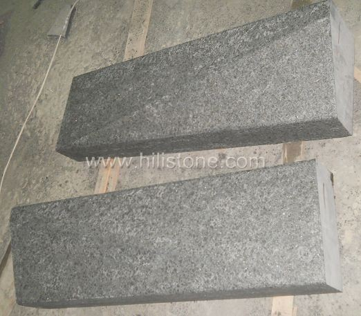 G684 Black Flamed Transition Stone Kerbs