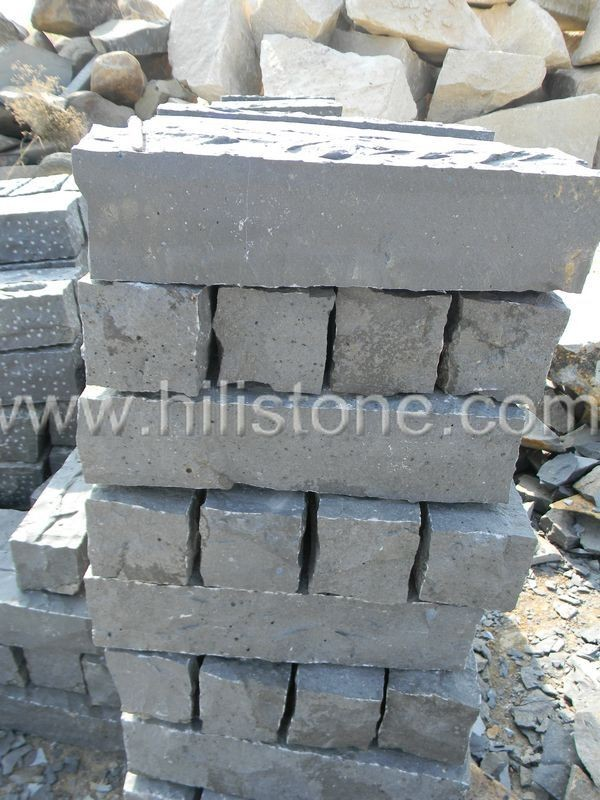 Stone Palisades Basalt Pillars 12x12 Natural