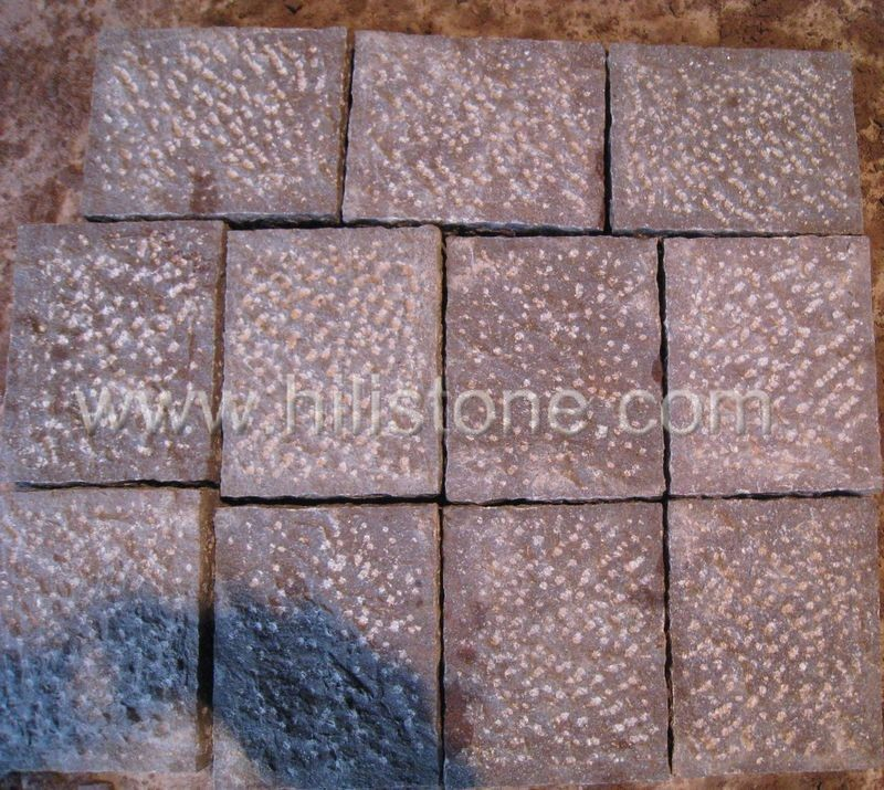 Stone Palisades Red Porphyry 20x16x10cm Pineappled