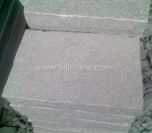 G654 Blue Black Granite Flamed Stepping Stone T6cm