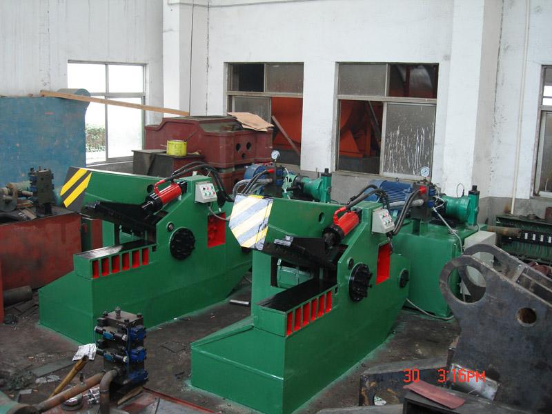 Metal shearing machine (FJD-2500)
